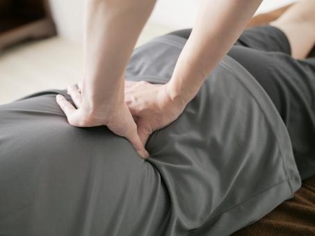 腰痛のときは整体に行くべき?【オススメ対処法】